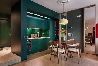 墨綠色+軟裝復古風演繹48平單身公寓