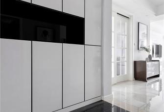 170平米现代简约风格四居室案例图