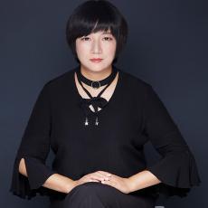 设计师杨柳