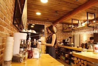 眼眸里的泯滅-咖啡廳裝飾