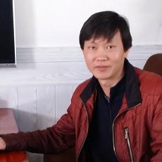 设计师王炎波