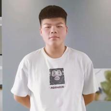 设计师鲁承岚