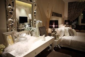 欧式两居130平 奢华浪漫温馨的家