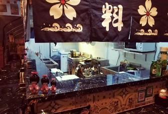东凤.大润发韩式料理店