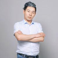 设计师金伟