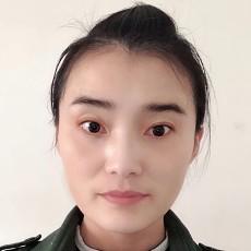 设计师张爱平