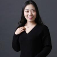 设计师亢燕秋