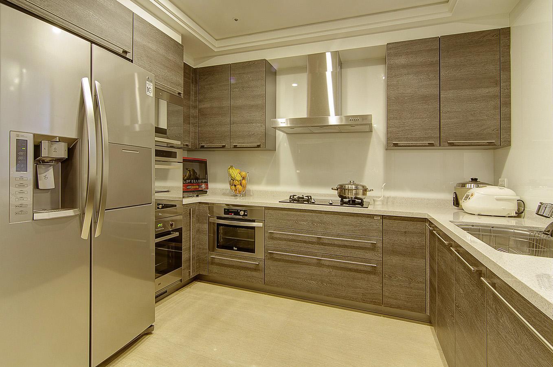 重庆佰可装饰设计工程有限公司