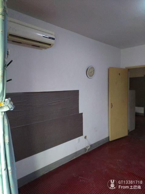 带阁楼的小户型,最重要的是结构和空间的合理利用。_2