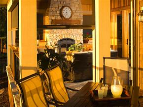 亮黄色系风格式阳台别墅装修效果图