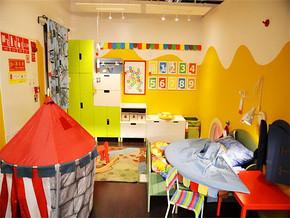兒童房兼書房裝修效果圖