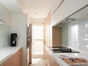 日式風格廚房櫥柜裝修效果圖