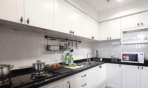 混搭風格三居室廚房櫥柜裝修效果圖