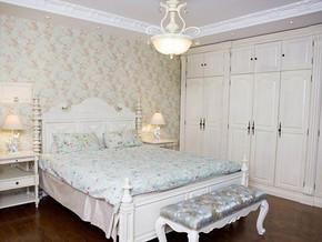 美式风格卧室白色衣柜装修效果图