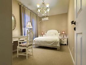 婚房卧室装修装饰效果图