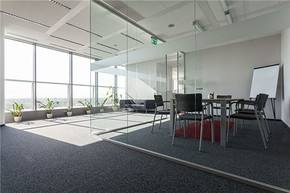 現代風格大型辦公室裝修效果圖