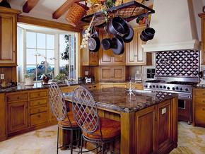 欧式古典厨房橱柜装修效果图