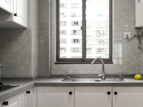 白色精美現代風格廚房設計裝修效果圖
