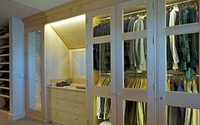 简约风格卧室衣柜玻璃门装修效果图