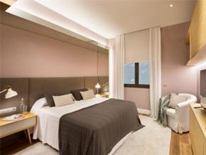 现代风格温柔浪漫卧室粉色背景墙图片