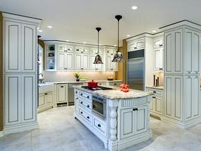 歐式廚房吧臺裝修設計效果圖