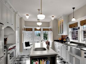 美式乡村风格厨房橱柜装修效果图