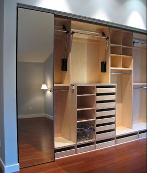 三居卧室嵌入式衣柜装修效果图
