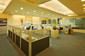 現代風格大辦公室裝修效果圖