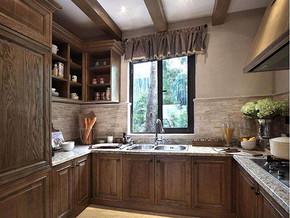 欧式风格厨房橱柜装修效果图
