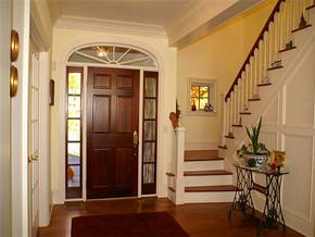 歐式風格三居原木色玄關拱形門效果欣賞